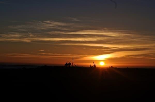 På vei inn i solnedgangen. Foto: Trond Wirstad