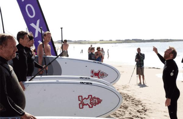 Hvem blir årets paddler? Sup racet starter lørdag 18 klokken 12. Er du klar?
