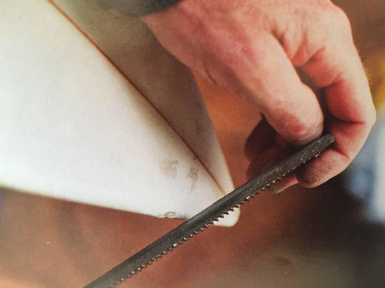 Fiks surfebrettet – Hvordan enkelt fikse skaden selv!