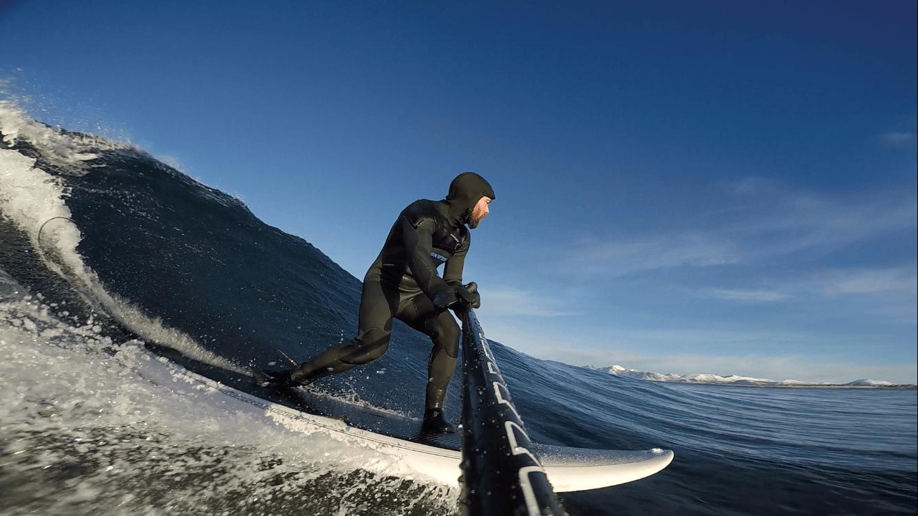 Kristian Nashoug - 5. februar i Lofoten et sted... Tatt med GoPro Hero 4, pole mount på SUP-åra.