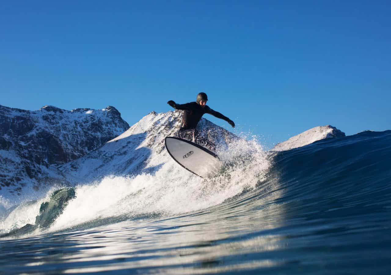 Unstad beach 4mars 2017 Fotograf: kian steer Surfer: Gunnar bjørntvedt