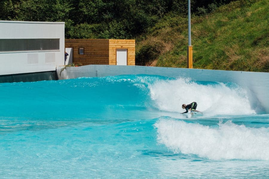 Wavegarden Cove session med Mateus Herdy