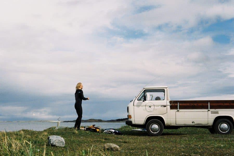 Surfekjerrer – Frode Goa og drømmebilen