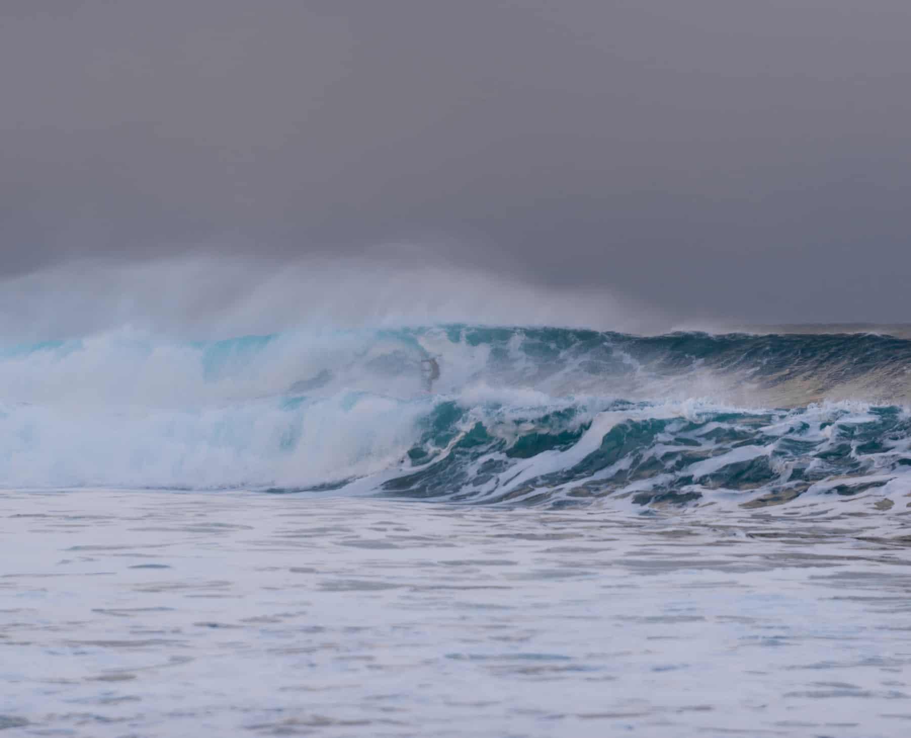 Stor bølge på Unstad.
