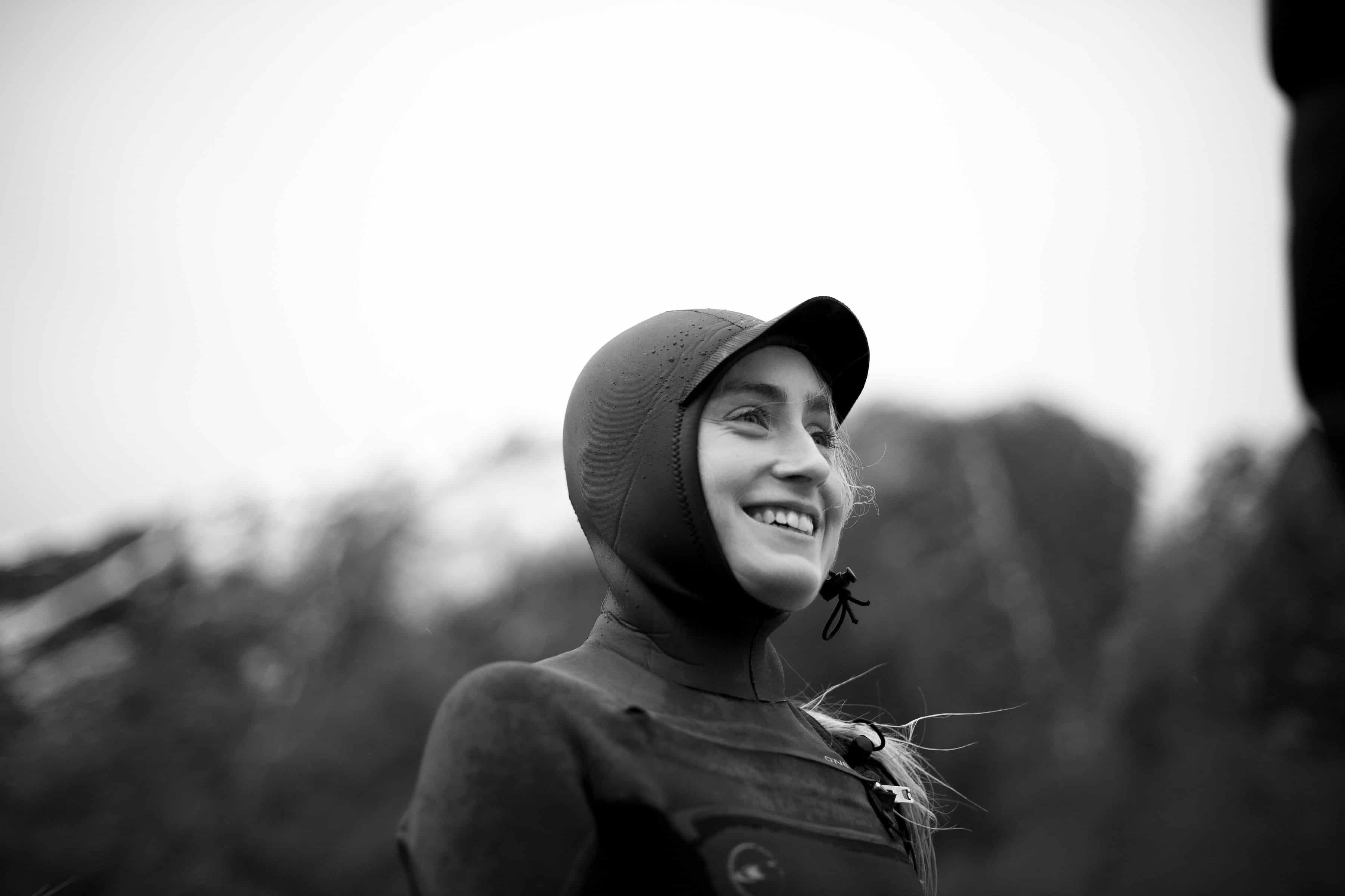 Naomi Dalsbø med våtdrakt på
