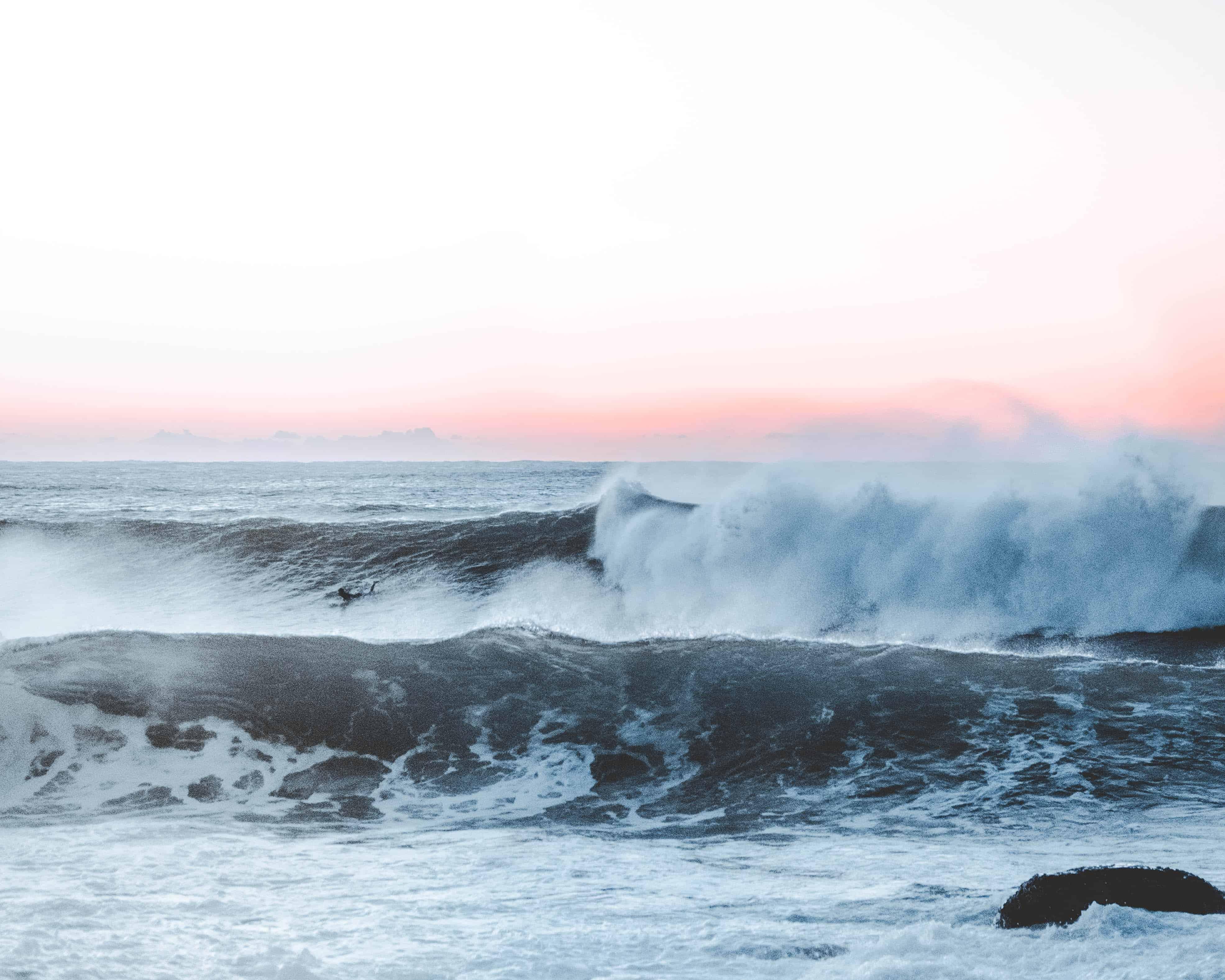 Bølger - Foto: Sacha Styles