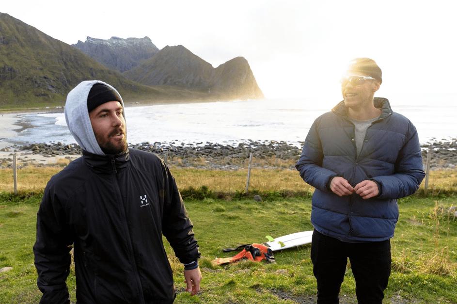 Andreas Møgster og Markus Karlsen, bølgepreik. Foto: Hallvard Kolltveit