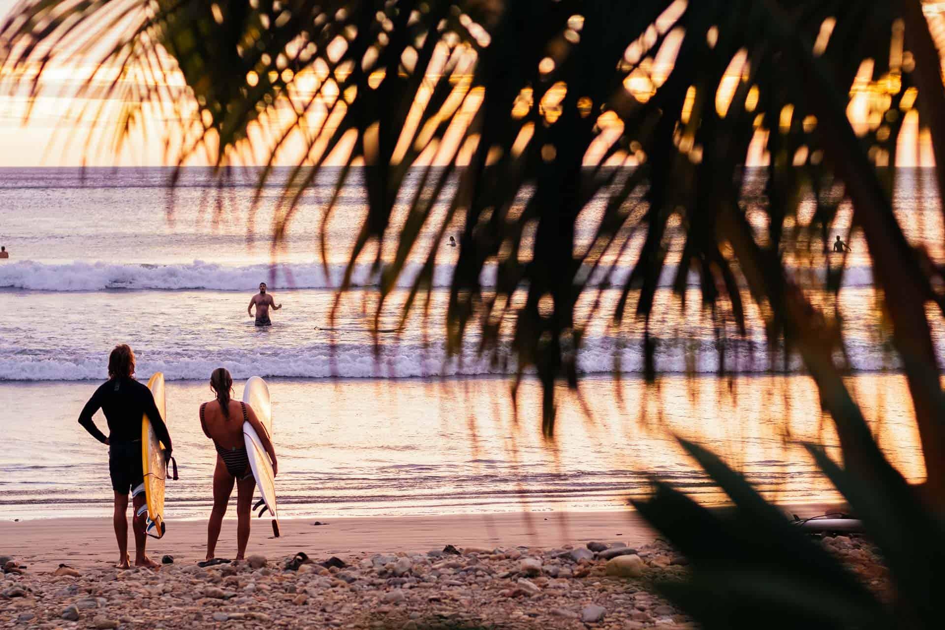 Solnedgang og surf, hva er vel bedre?