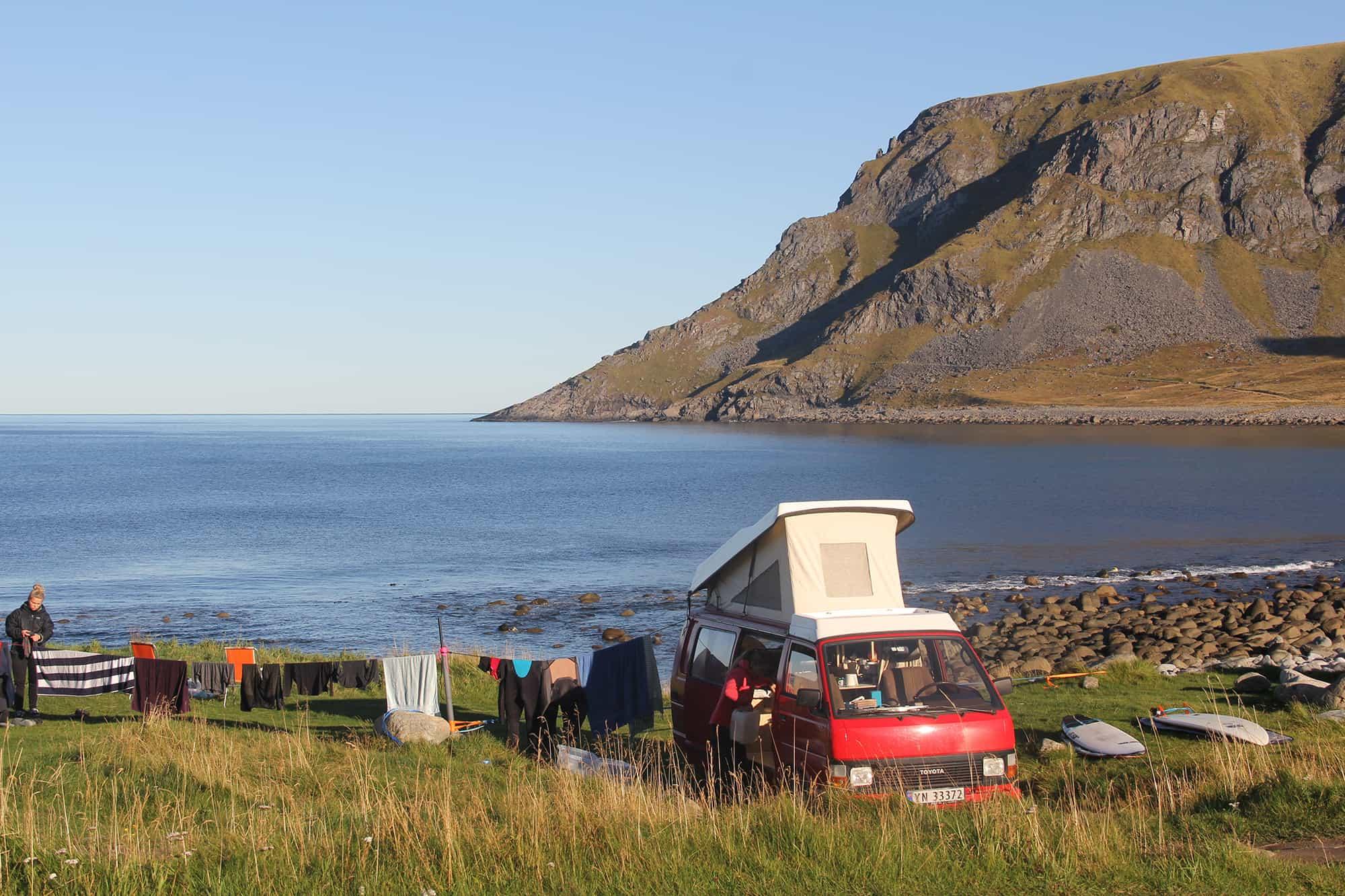 I love the seaside - Glamping eller camping? Med bil finner man alltid et sted å parkere
