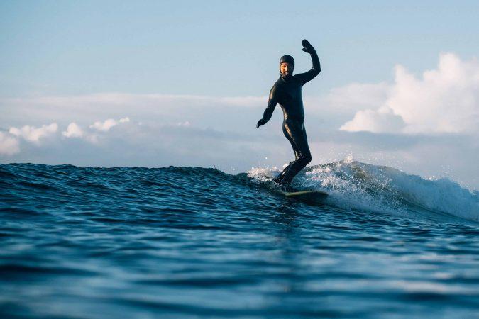 Patrick er en av få åpent homofile surfere i Norge