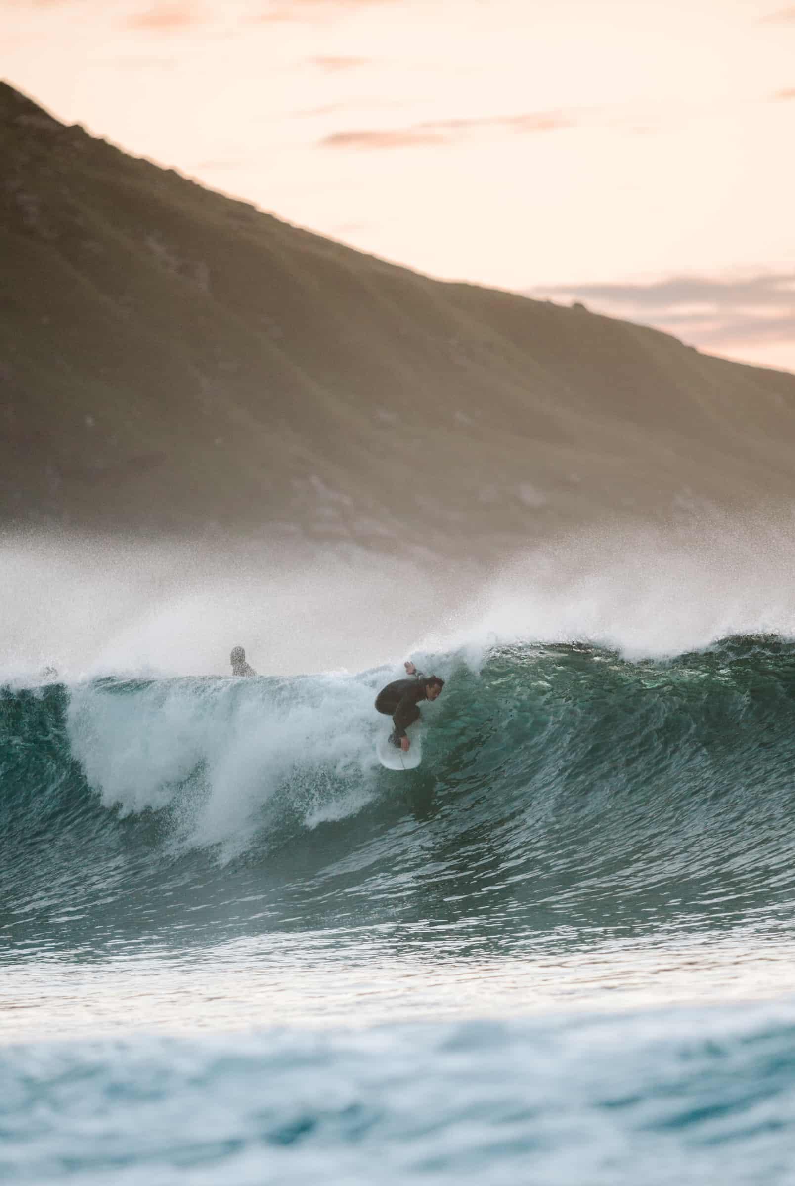 Dylan Storrie setter kant og sikter dypt. Foto: Saltnwax