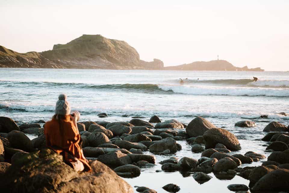 Stem på din favoritt i årets sommersurf fotokonkurranse